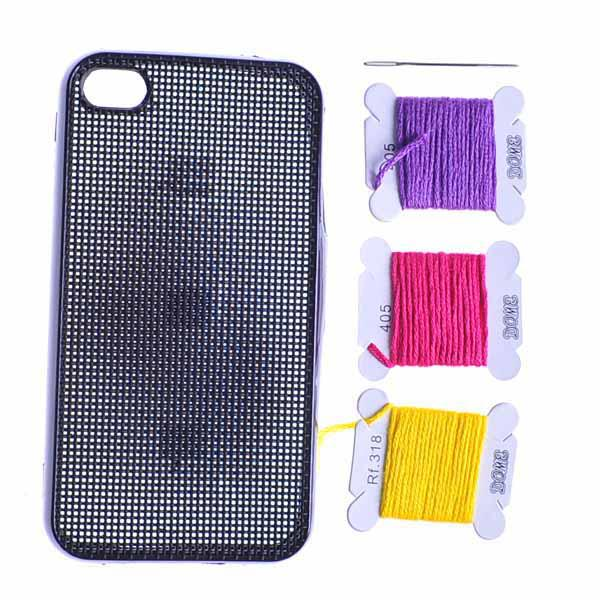 Funda para iPhone 4 Punto de Cruz con perforaciones DIY HUM - negro