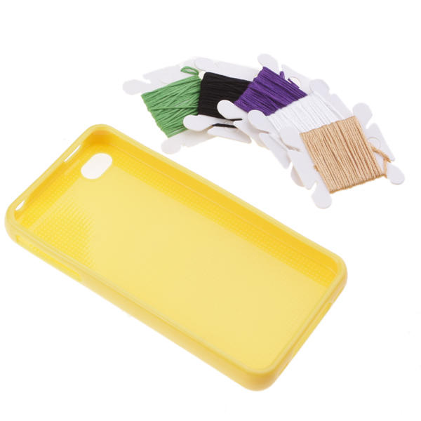 Funda para Iphone 4 Perforada Personalizada Punto de Cruz - amarillo