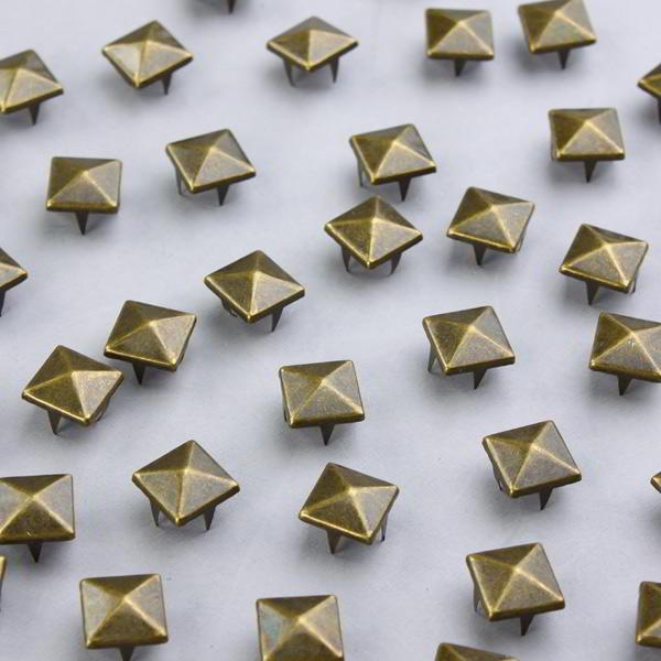 100 tachuelas decorativas para ropa apliques en bronce - Apliques infantiles de pared ...
