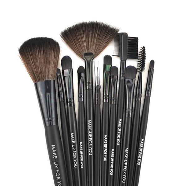 kit 12 pinceaux maquillage pochette avec mascara professionnel